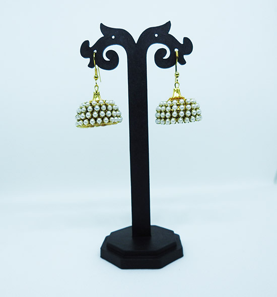 Set of 2 Jhumkas with beads and pearls