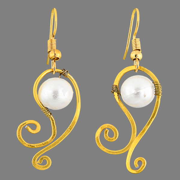 Aluminium with high quality artificial pearl earring