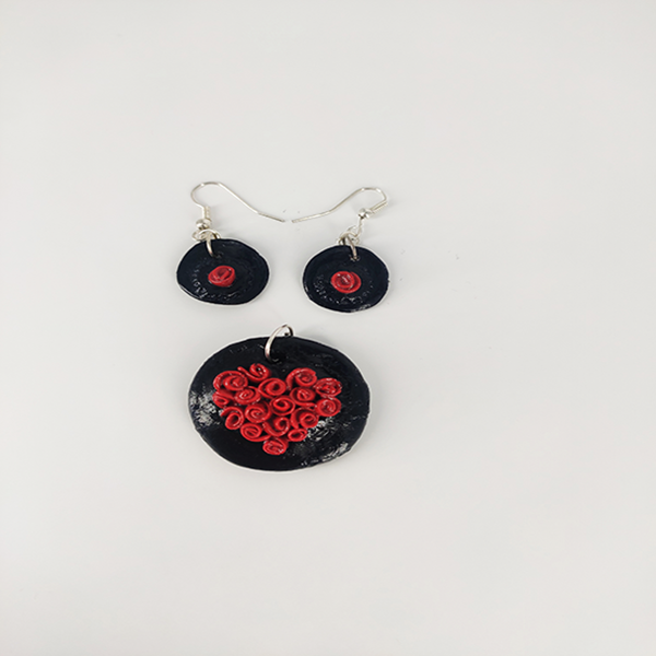 Pendant and Earring Set - Round Black with roses