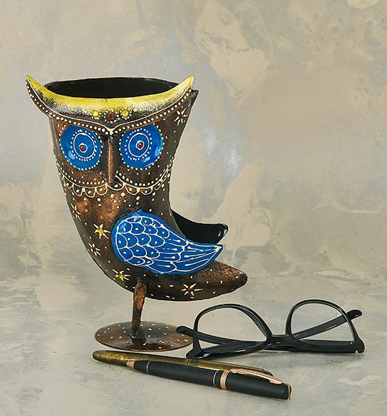 Metal Pen Stand Owl Face