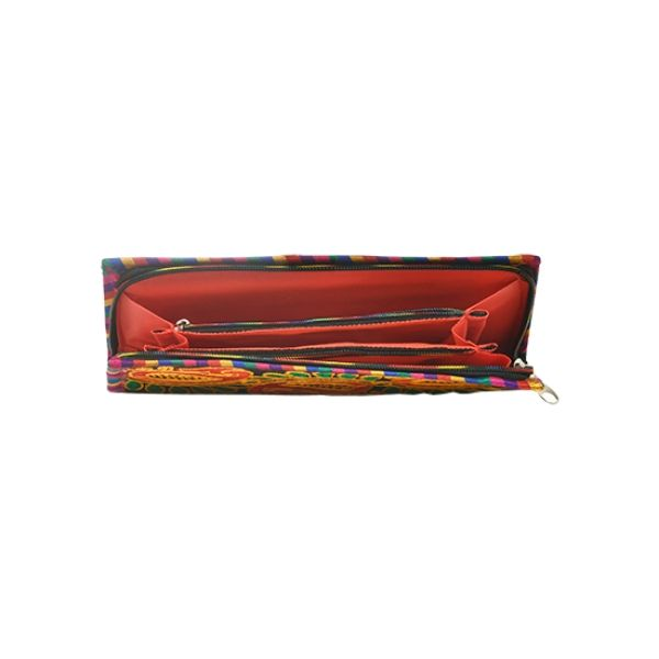Kutch Embroidery clutch in Black with koyari design